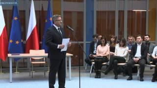 """Prezydent Bronisław Komorowski  na debacie """"Innowacyjność w gospodarce szansą dla młodych"""""""
